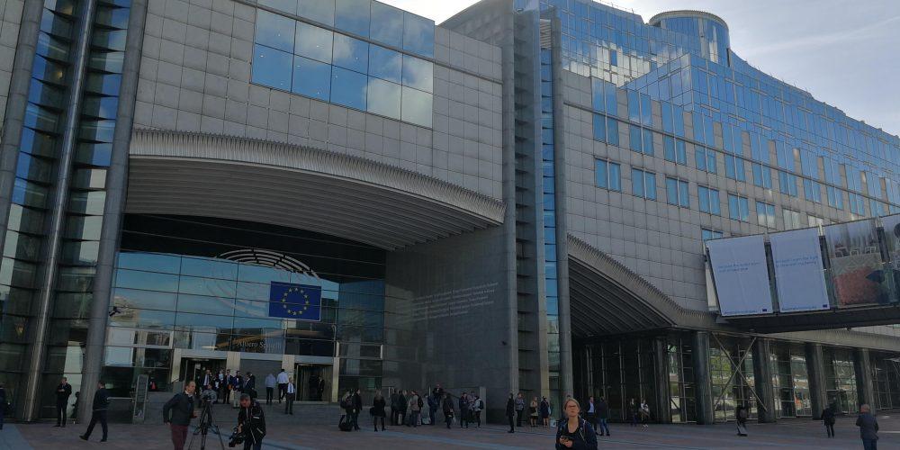 LairA találkozó az Európai Parlamentben: A zöld mobilitás útjának kikövezése
