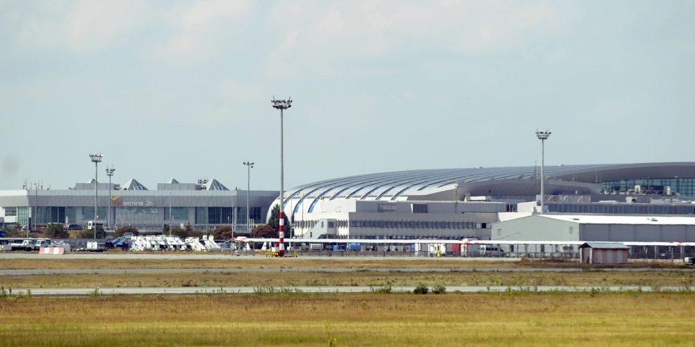 Repüléssel kapcsolatos és repülőtér-fejlesztési hírek
