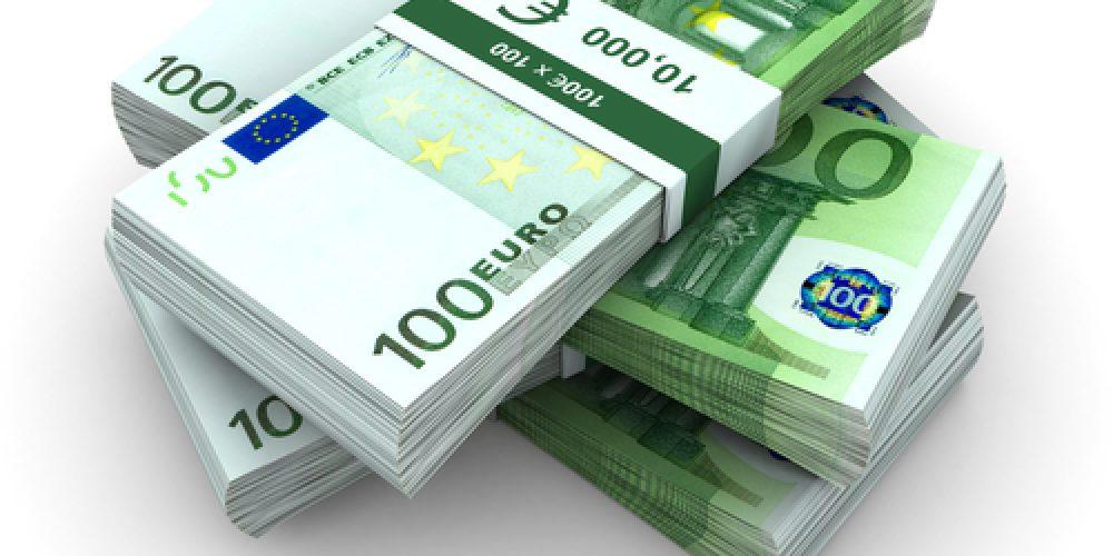 Készpénzről történő kötelező nyilatkozattétel  az Európai Unió repülőterein.