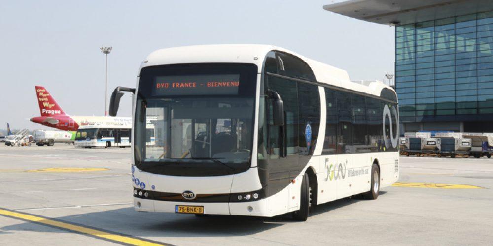 Hazai gyártású villanybuszt teszttel a Liszt Ferenc reptér